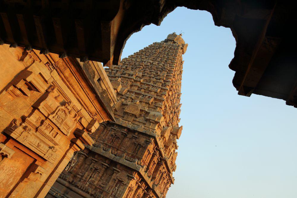 SPIRITUÁLNÁ JUŽNÁ INDIA<br>  DEŇ 5: THANJAVUR<br>  - Chrám Brihadeswara <br>