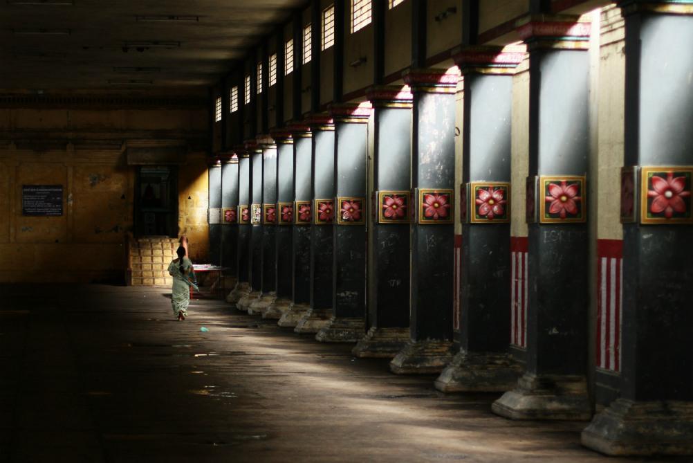 SPIRITUÁLNÁ JUŽNÁ INDIA<br> DEŇ 4: CHIDAMBARAM<br> - Prehliadka chrámu <br> - Obedňajší obrad (Puja)<br>