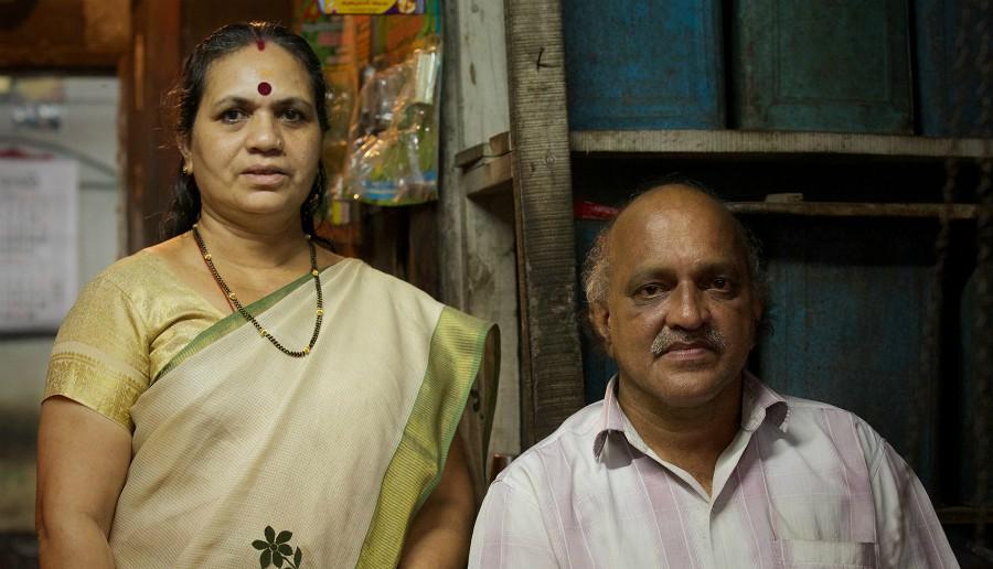 Narendranath se svou ženou Sarojou.