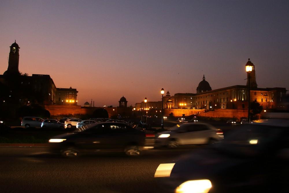 EXCLUSIVE INDIA<br> DEŇ 3: DILLÍ <br> - Staré Dillí<br> - Mešita Jama Masjid<br> - Jahanabad<br> - Trh s korením<br> - Nové Dillí<br> - Sídlo prezidenta<br> - Indický parlament<br> - Brána do Indie <br> - Gurudwara Bangla Sahib <br>
